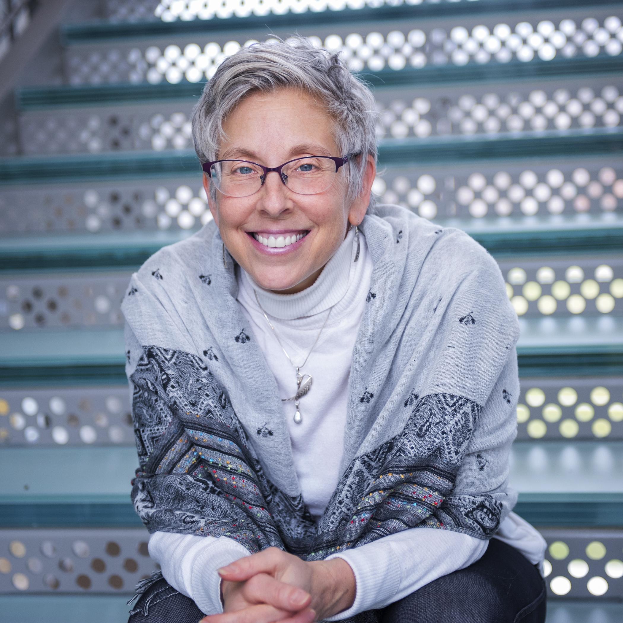 Hilary Kahn